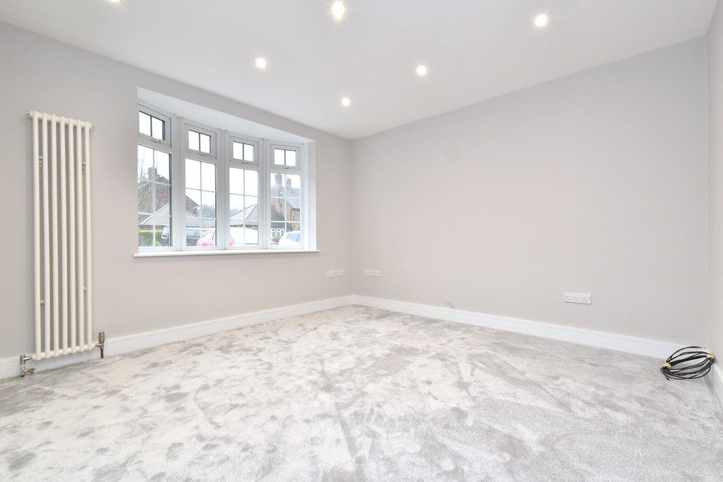 2 bed house for sale in Breakspears Drive, Orpington  - Property Image 4