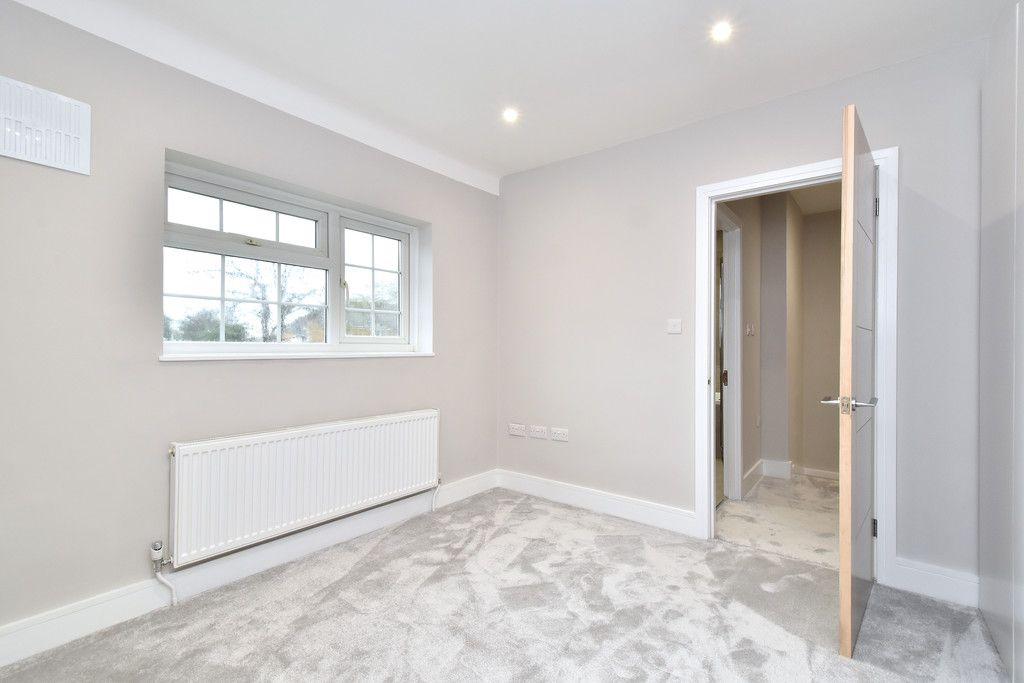 2 bed house for sale in Breakspears Drive, Orpington  - Property Image 7
