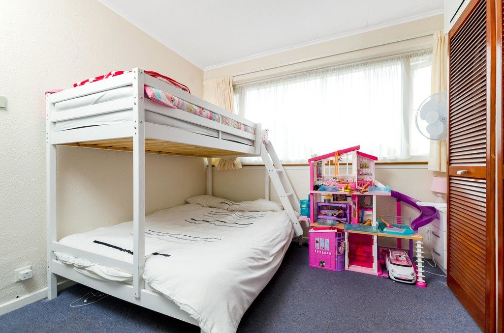 3 bed house for sale in Ravensmead Road, Bromley  - Property Image 12