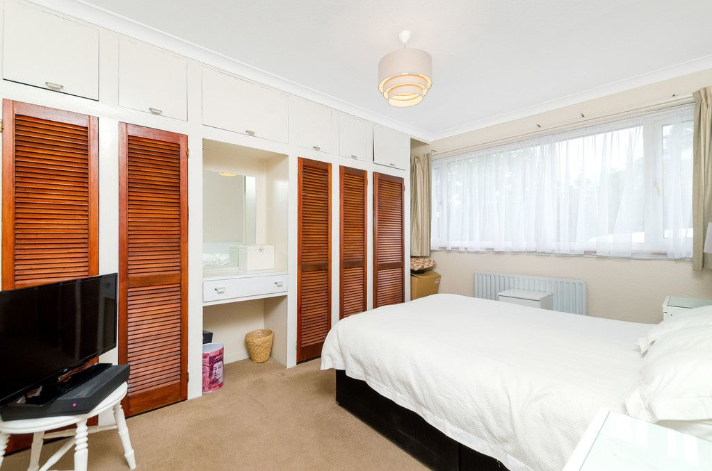 3 bed house for sale in Ravensmead Road, Bromley  - Property Image 13