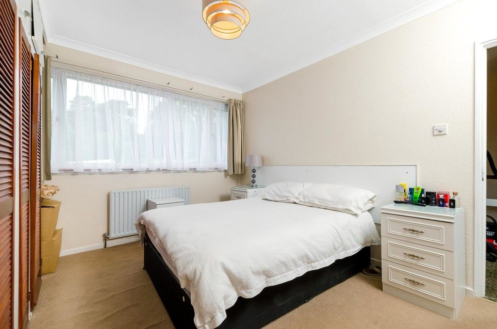 3 bed house for sale in Ravensmead Road, Bromley  - Property Image 14