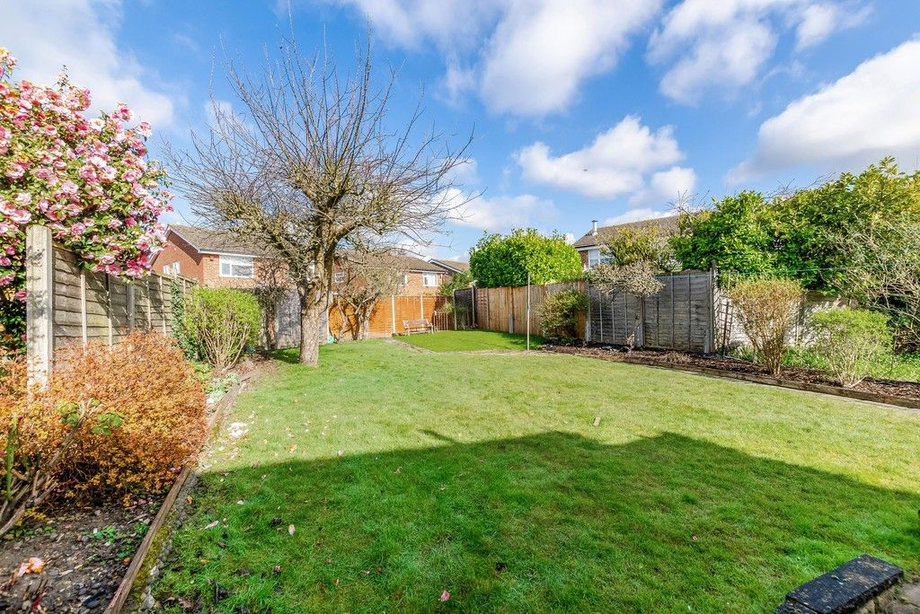 3 bed house for sale in Red Oak Close, Locksbottom 17