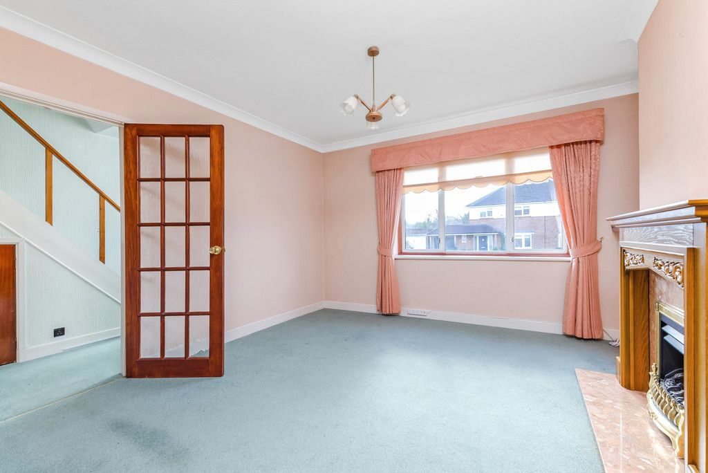 3 bed house for sale in Red Oak Close, Locksbottom 5