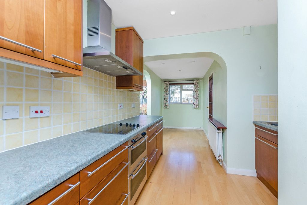 3 bed house for sale in Red Oak Close, Locksbottom 9