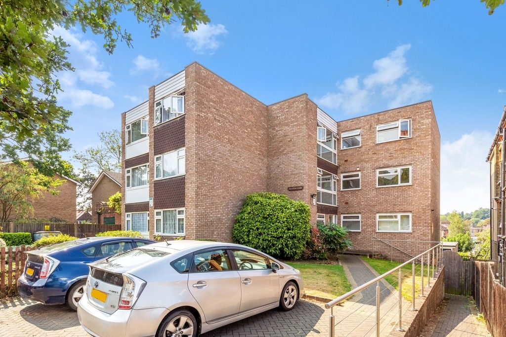 1 bed flat for sale in Farnaby Road, Shortlands, BR1