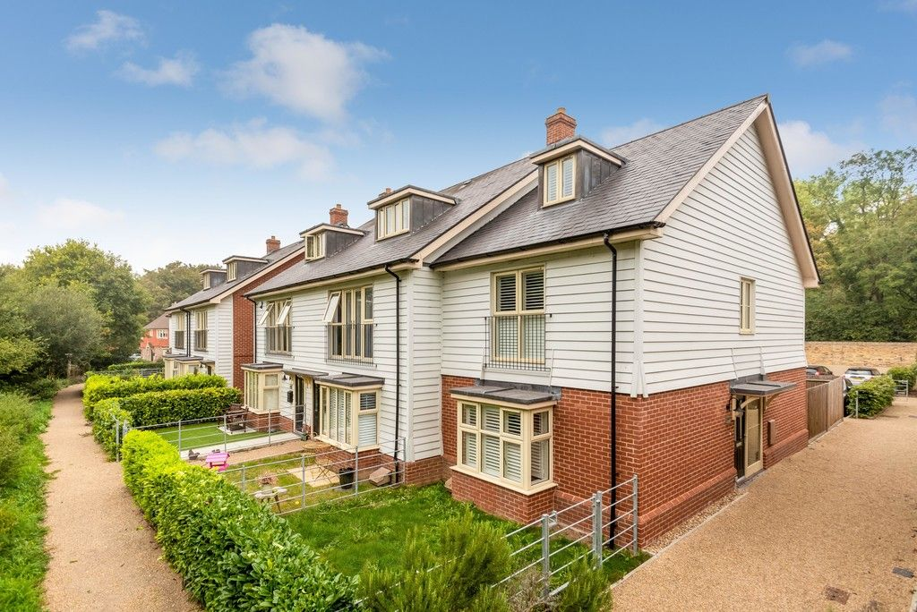 3 bed house for sale in Darenth Mill Lane, DA2