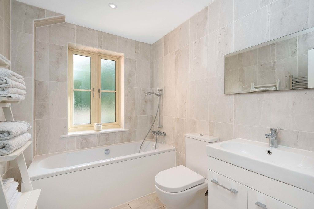 3 bed house for sale in Darenth Mill Lane 14