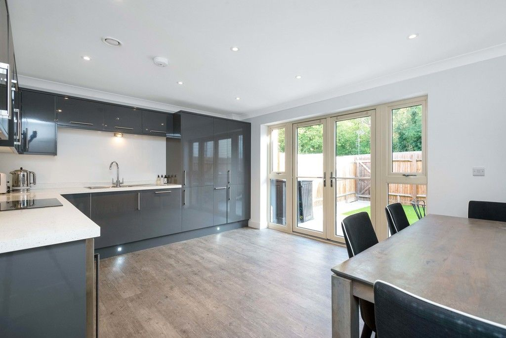 3 bed house for sale in Darenth Mill Lane 5