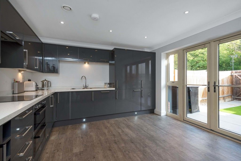 3 bed house for sale in Darenth Mill Lane 6