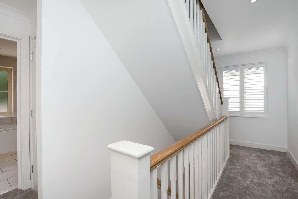 3 bed house for sale in Darenth Mill Lane 8