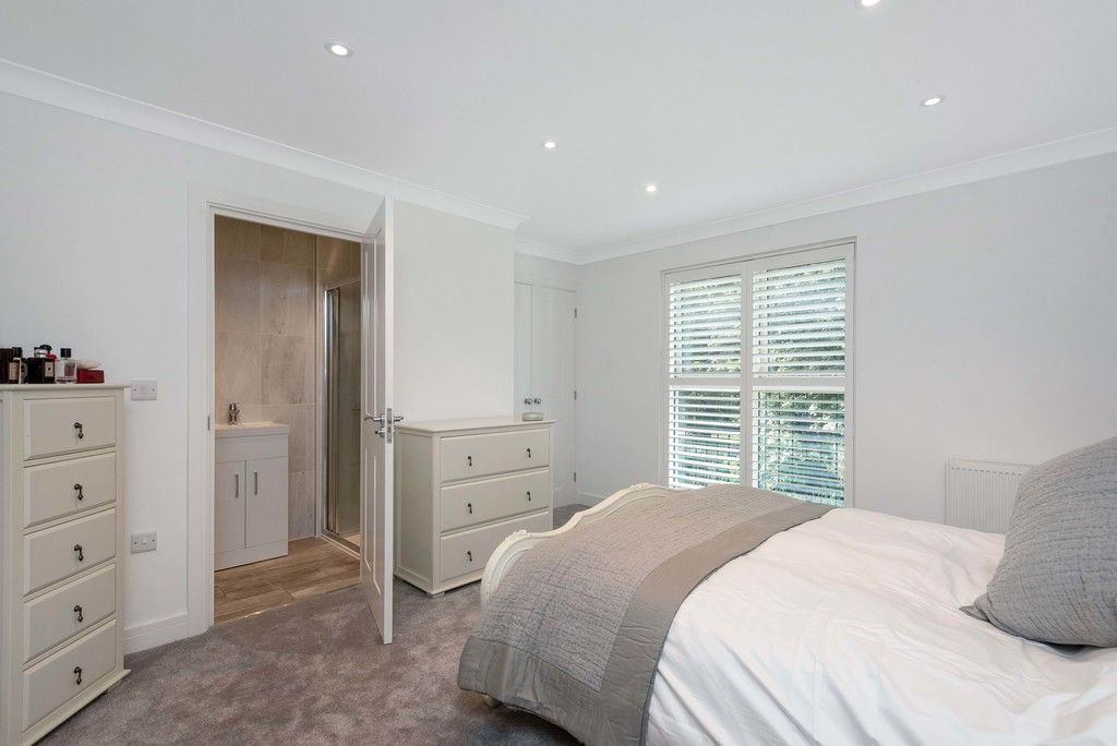 3 bed house for sale in Darenth Mill Lane 10