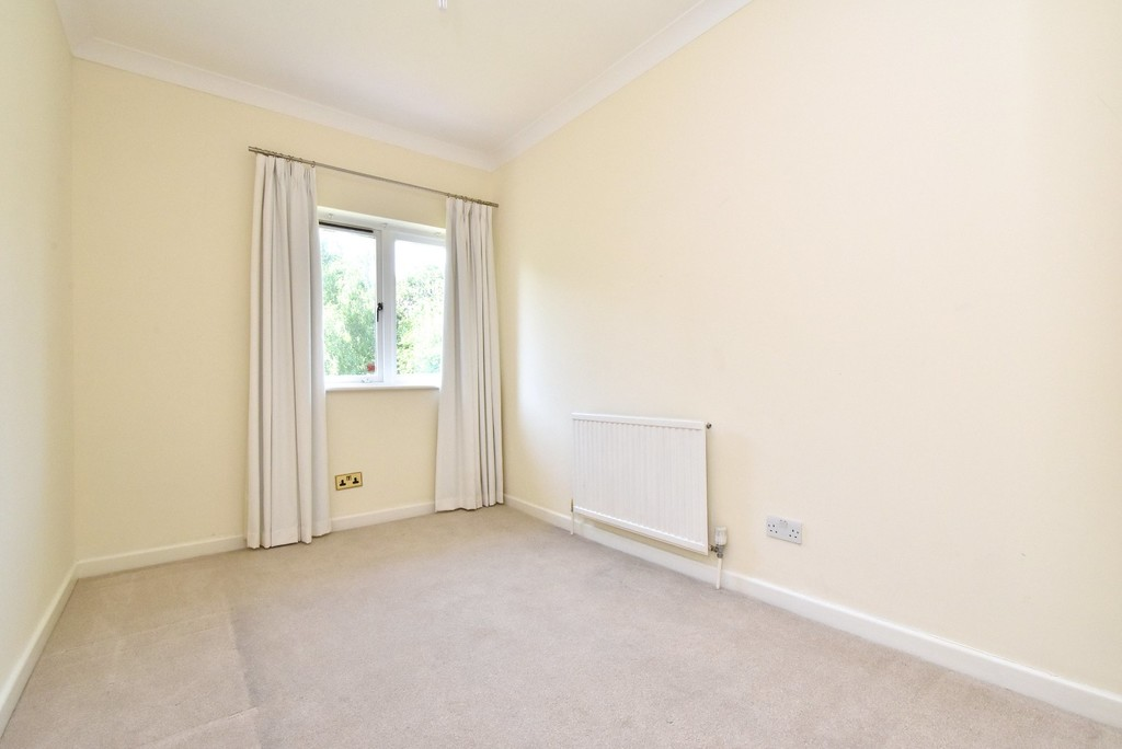 5 bed house for sale  - Property Image 15