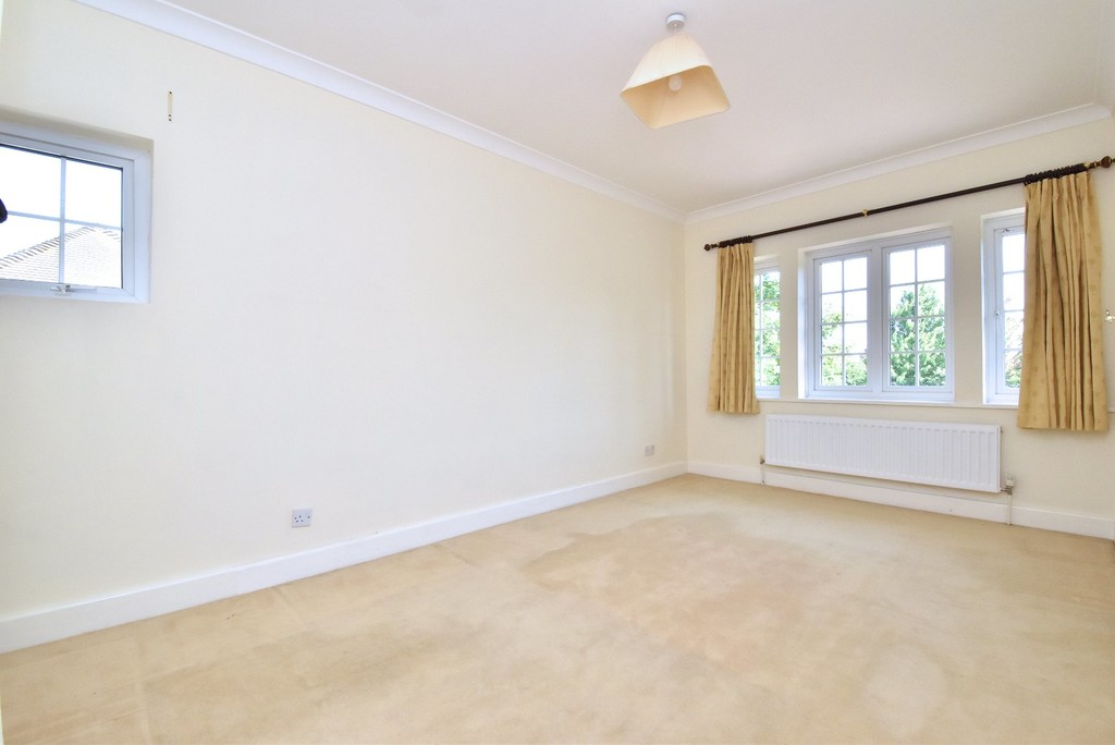 5 bed house for sale  - Property Image 17