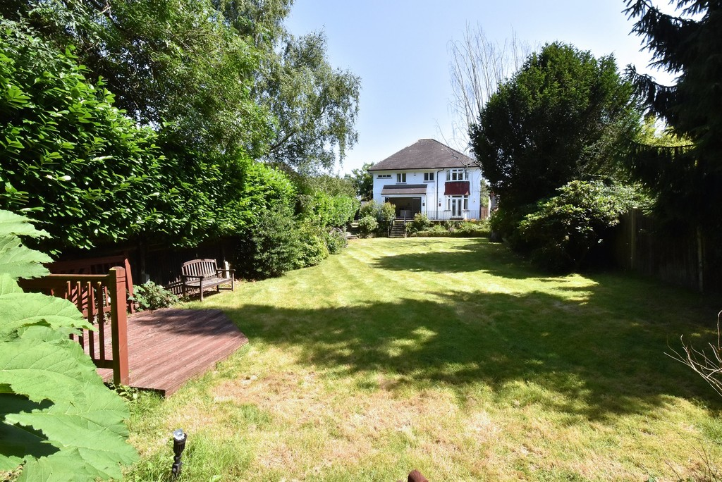 5 bed house for sale  - Property Image 19