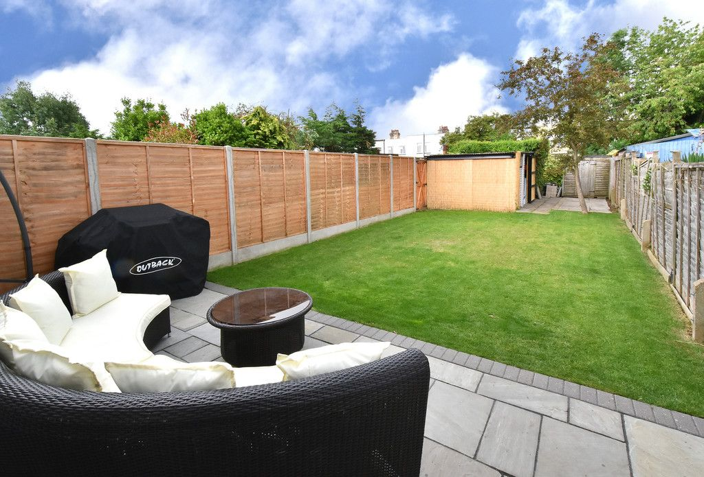 3 bed house for sale in Brookmead Close, Orpington  - Property Image 11