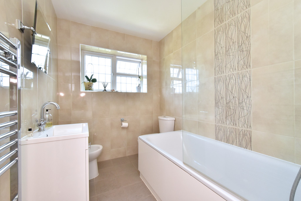 4 bed house for sale in Southbourne, Bromley  - Property Image 13