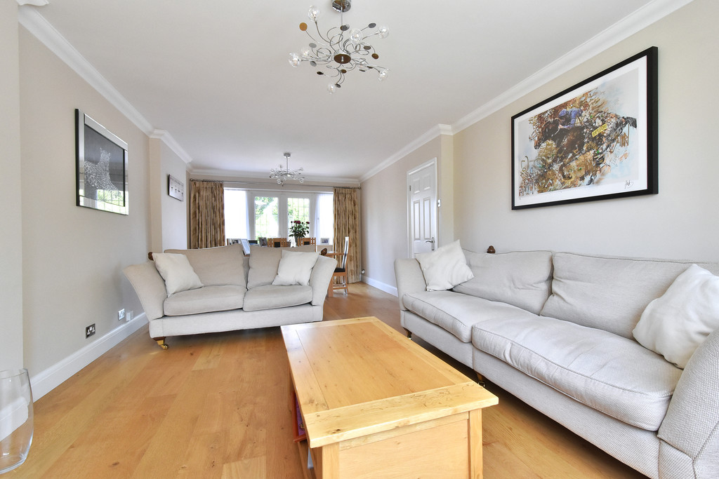 4 bed house for sale in Southbourne, Bromley  - Property Image 3