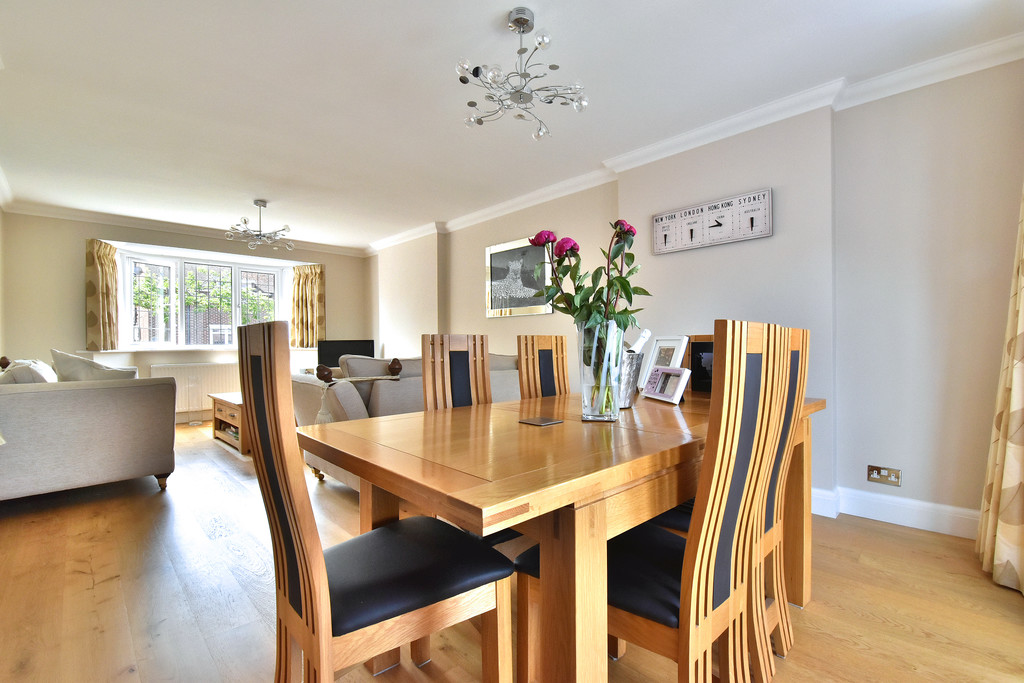 4 bed house for sale in Southbourne, Bromley  - Property Image 5