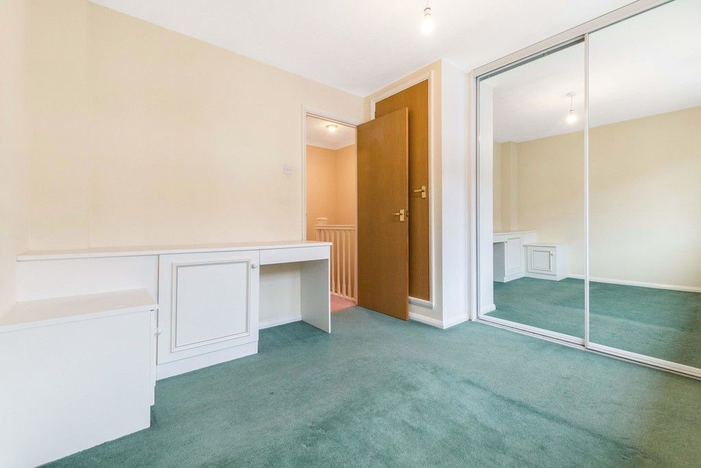 2 bed house to rent in Wharton Road, Bromley  - Property Image 11