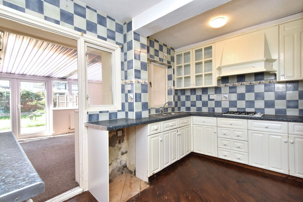 4 bed house for sale in Princes Road, Dartford 4