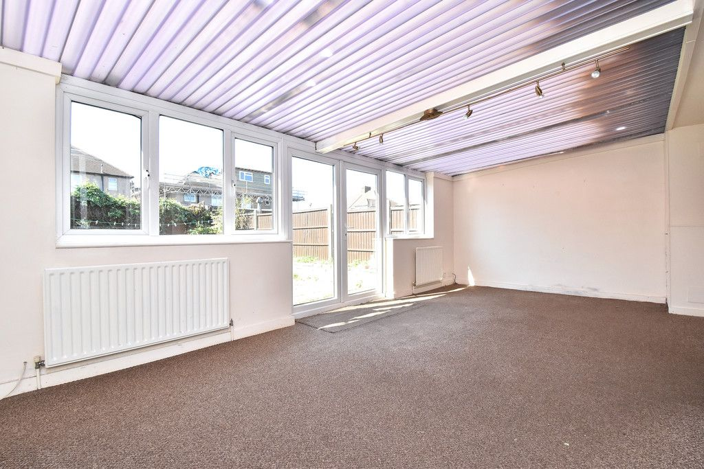 4 bed house for sale in Princes Road, Dartford 5