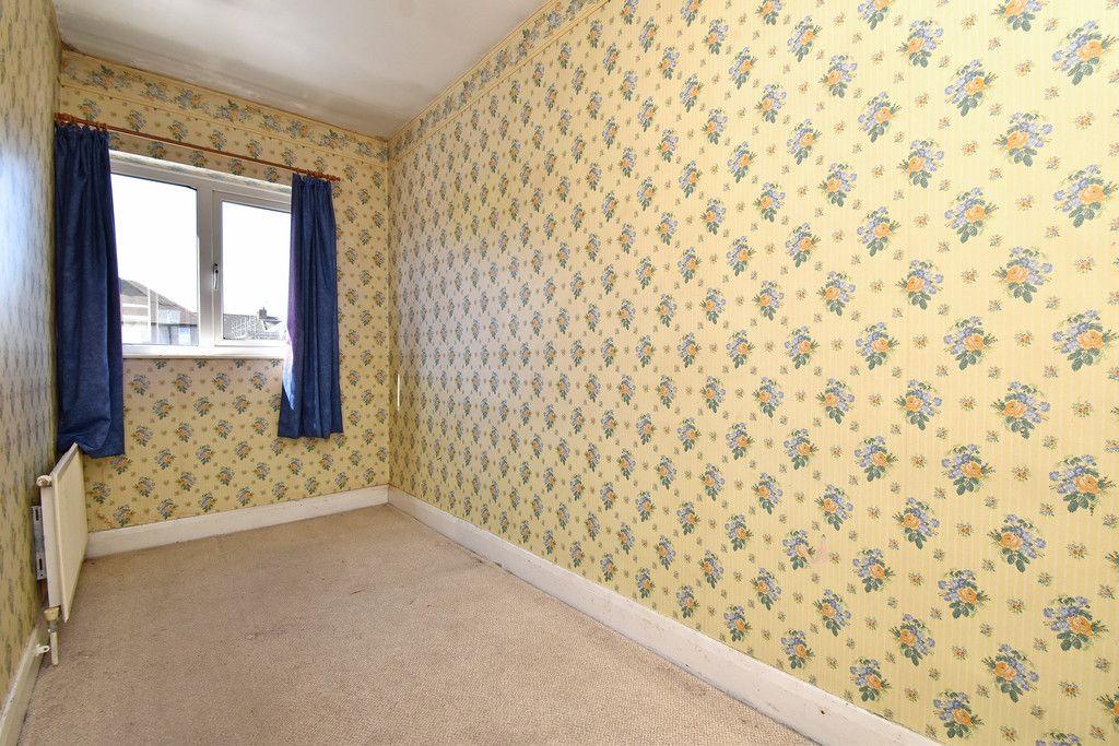 4 bed house for sale in Princes Road, Dartford 8