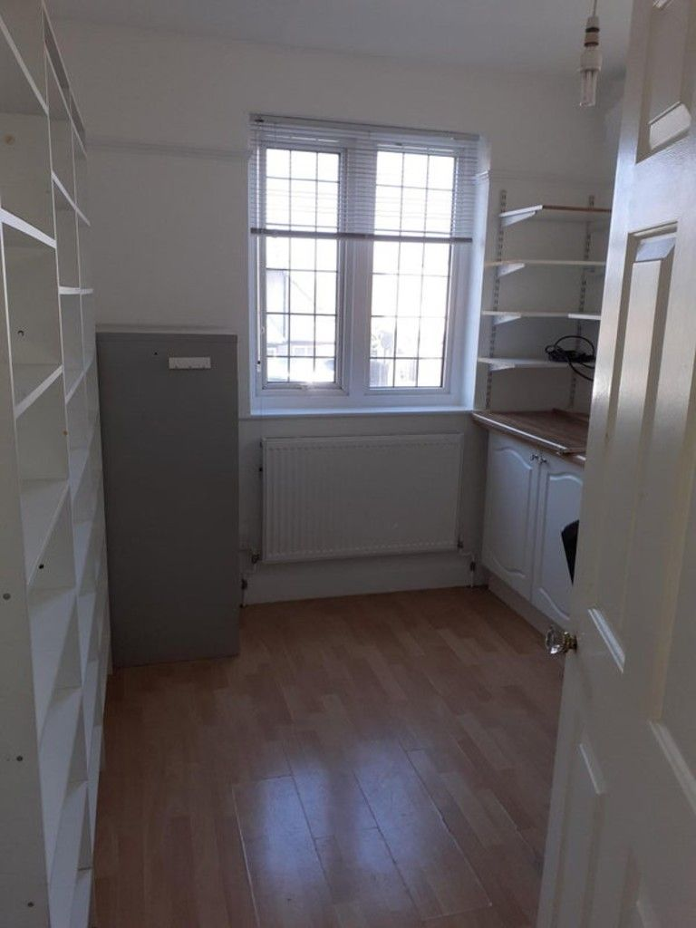 to rent in Room to rent in shared house 9