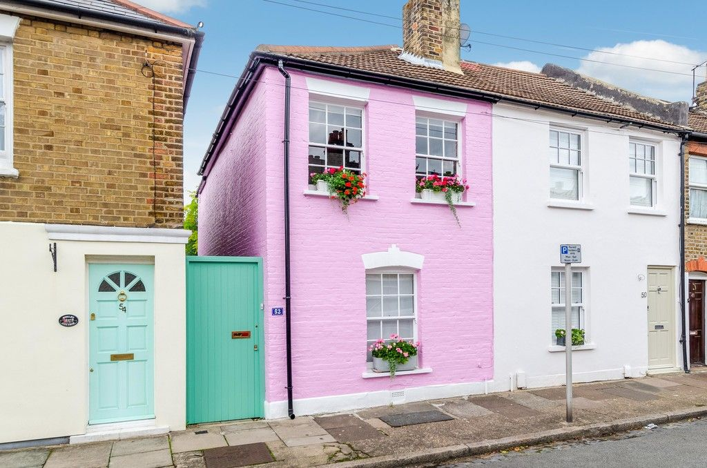 2 bed house for sale in Mooreland Road, Bromley, BR1