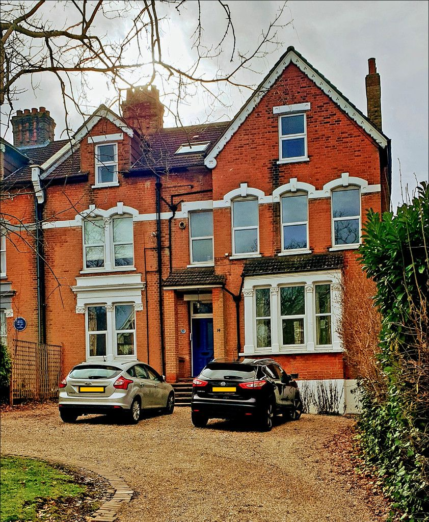 2 bed flat for sale in Church Road, Shortlands, Bromley, BR2