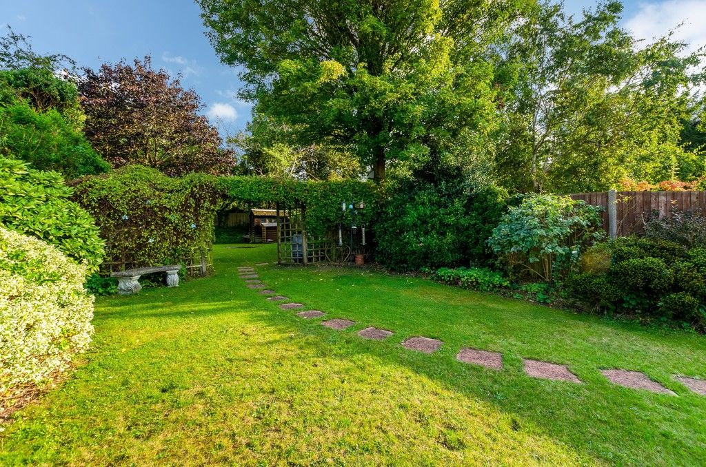 4 bed house for sale in High Beeches  - Property Image 16
