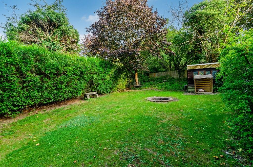 4 bed house for sale in High Beeches  - Property Image 18