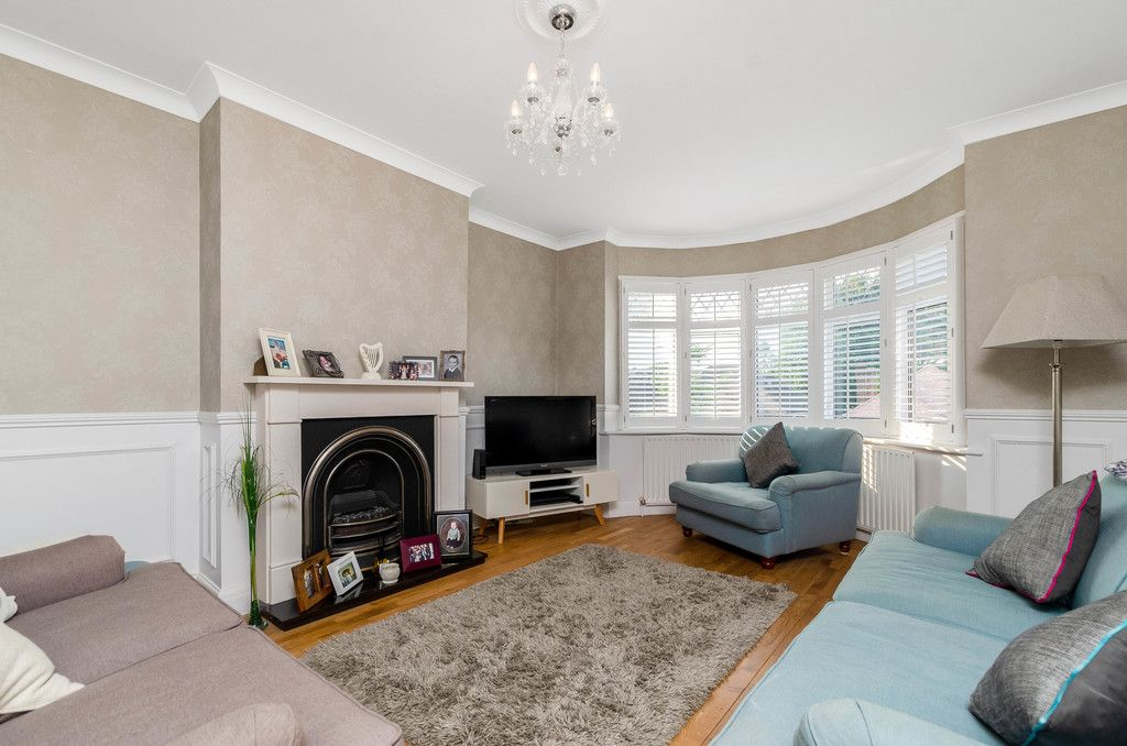 4 bed house for sale in High Beeches 3