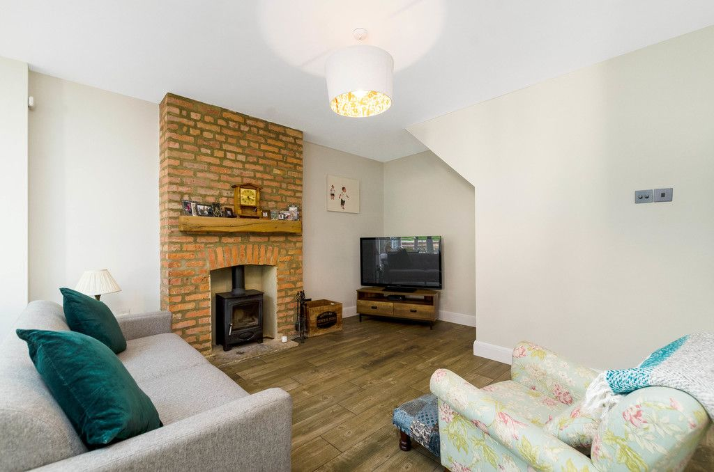 4 bed house for sale in High Beeches 4