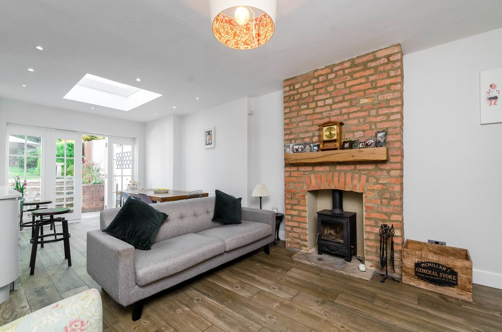 4 bed house for sale in High Beeches 5