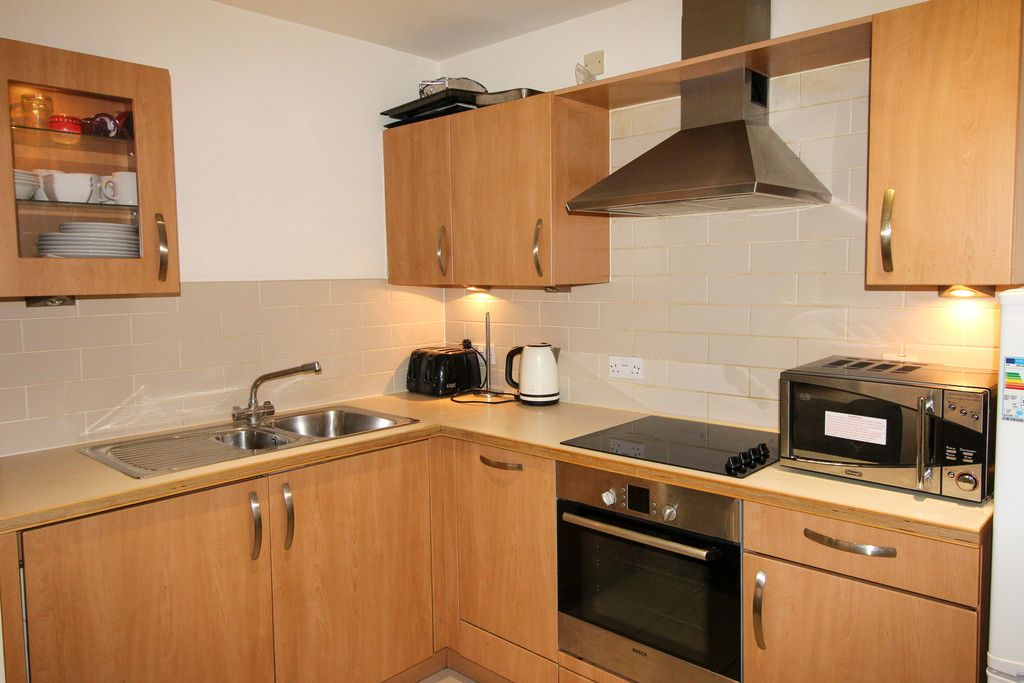 1 bed flat for sale in Catalpa Court , London 2