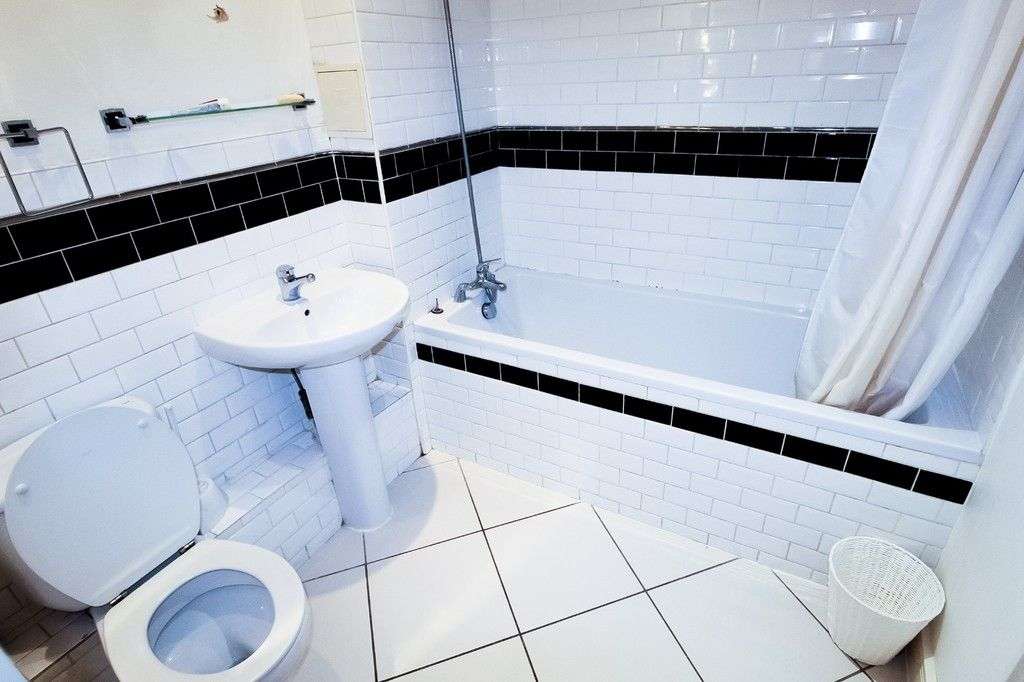 1 bed flat for sale in Catalpa Court , London  - Property Image 7