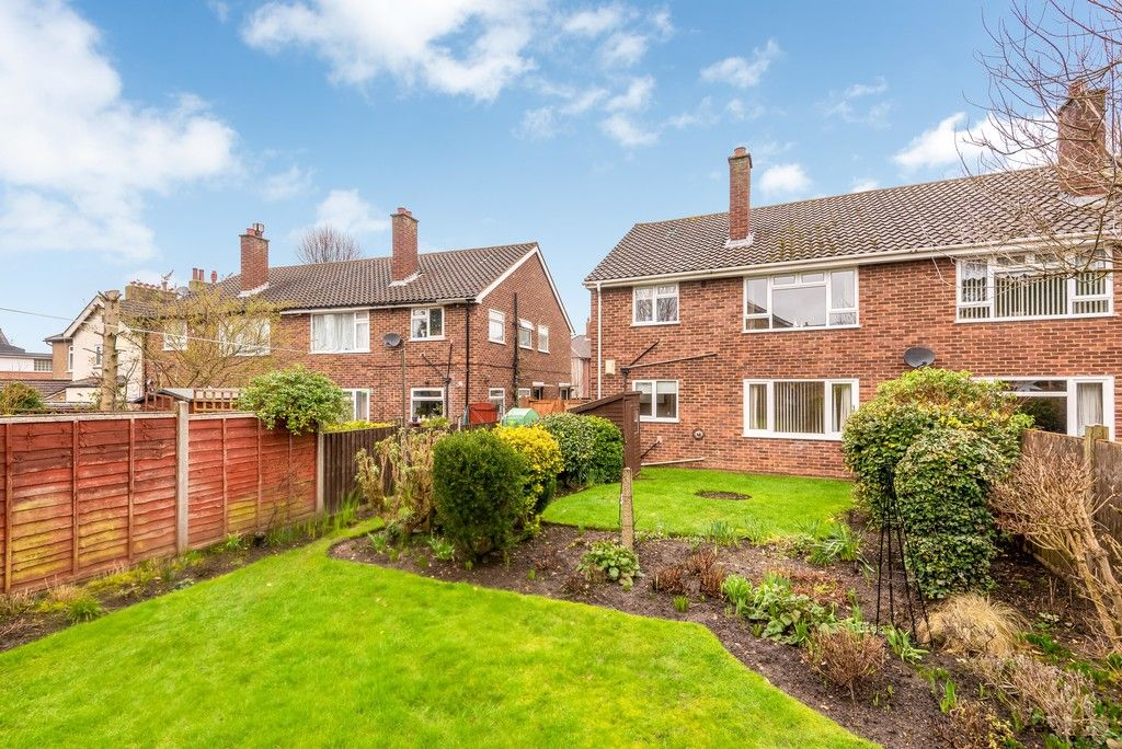 2 bed flat for sale in Brook Lane, Bromley  - Property Image 12