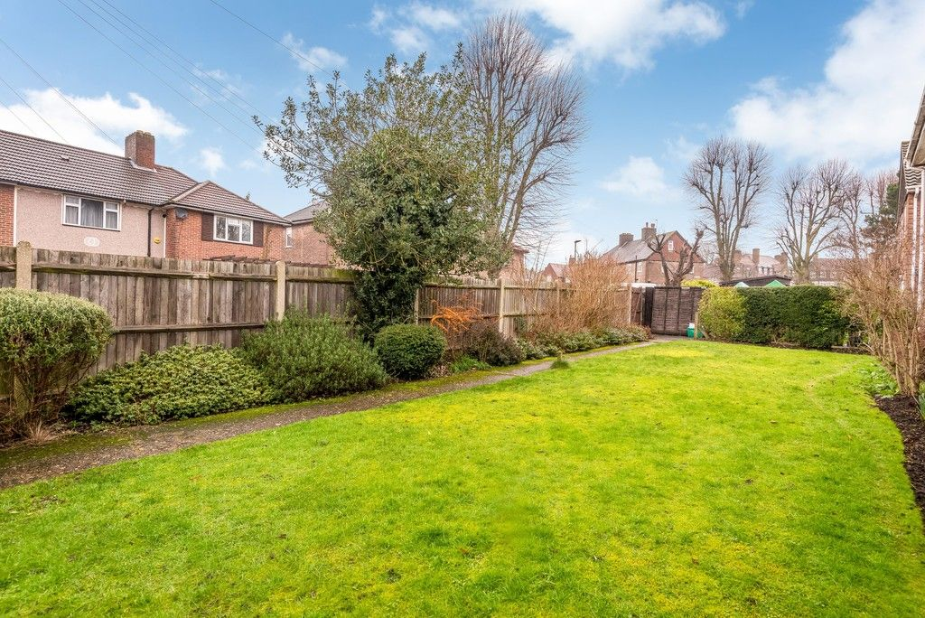 2 bed flat for sale in Brook Lane, Bromley  - Property Image 13