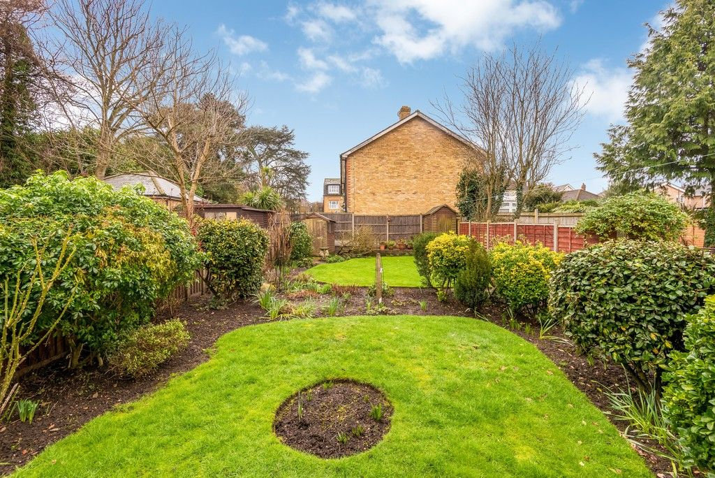 2 bed flat for sale in Brook Lane, Bromley 14