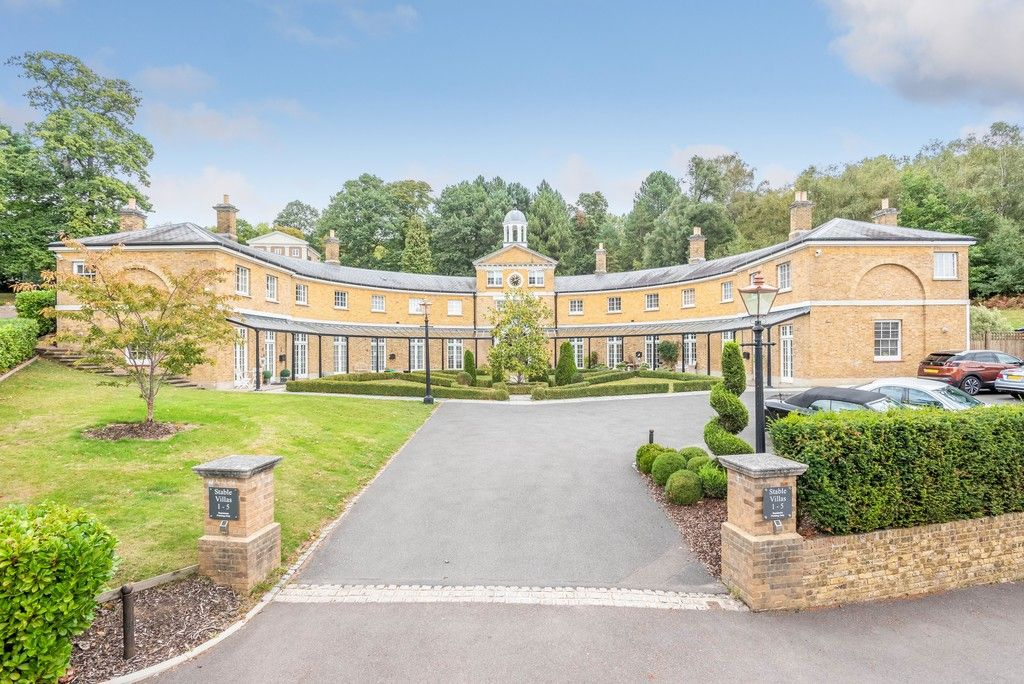 3 bed house for sale in Sundridge Park Golf Club 1
