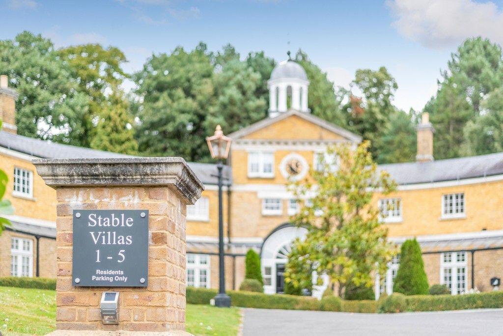3 bed house for sale in Sundridge Park Golf Club 2