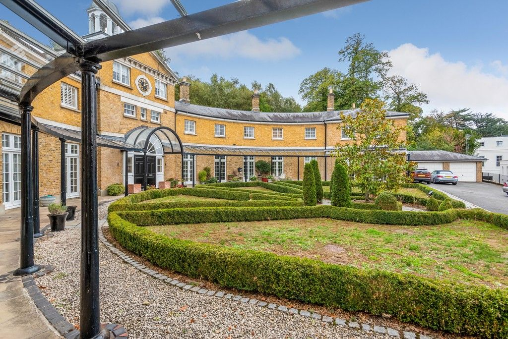 3 bed house for sale in Sundridge Park Golf Club  - Property Image 5
