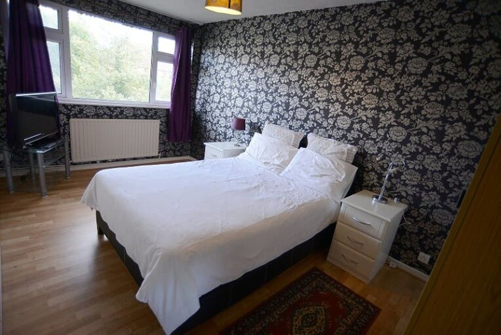 2 bed flat for sale in Tredwell Close, Bromley  - Property Image 16