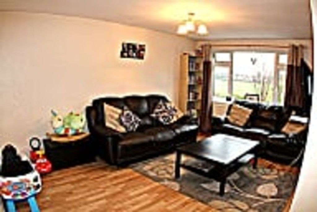 2 bed flat for sale in Tredwell Close, Bromley 19
