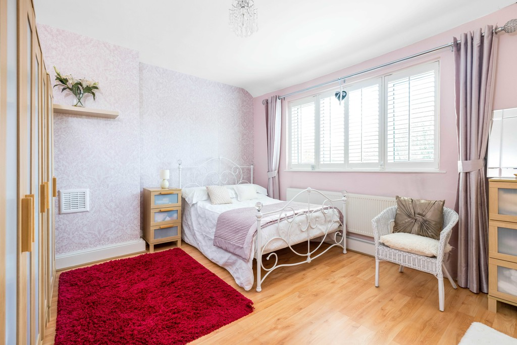 3 bed house for sale in McCall Crescent 8