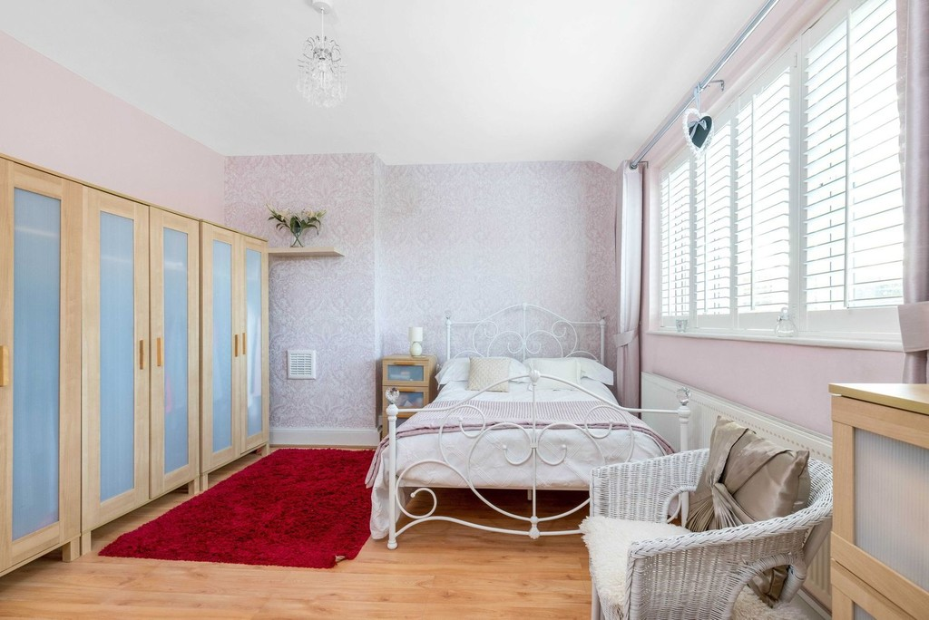 3 bed house for sale in McCall Crescent 9