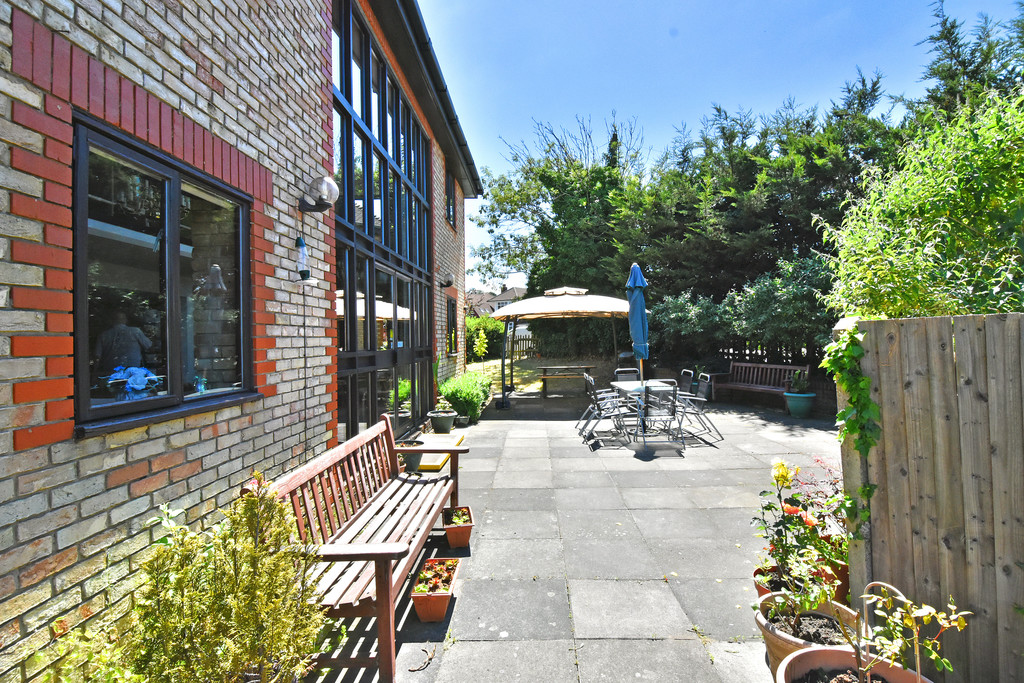 Flat for sale in Deer Park Way, West Wickham  - Property Image 5