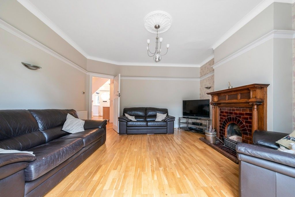 4 bed house for sale in Farnaby Road, Bromley  - Property Image 11