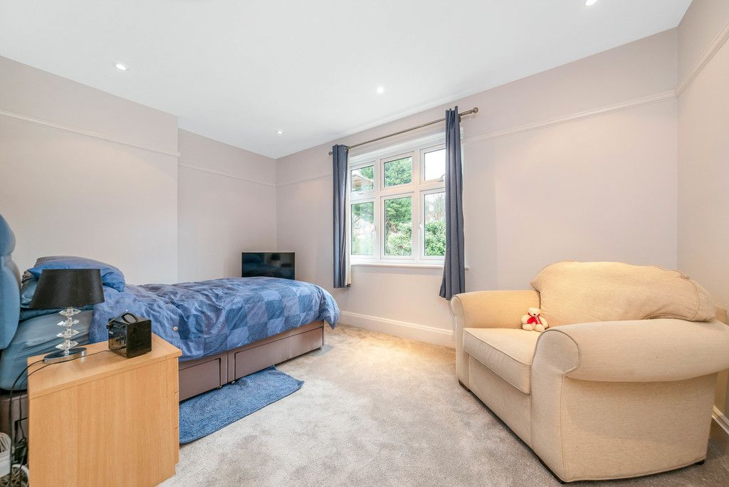 4 bed house for sale in Farnaby Road, Bromley  - Property Image 17