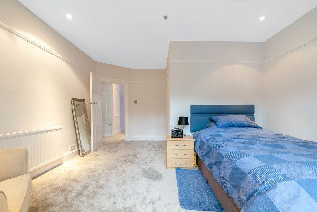 4 bed house for sale in Farnaby Road, Bromley 18